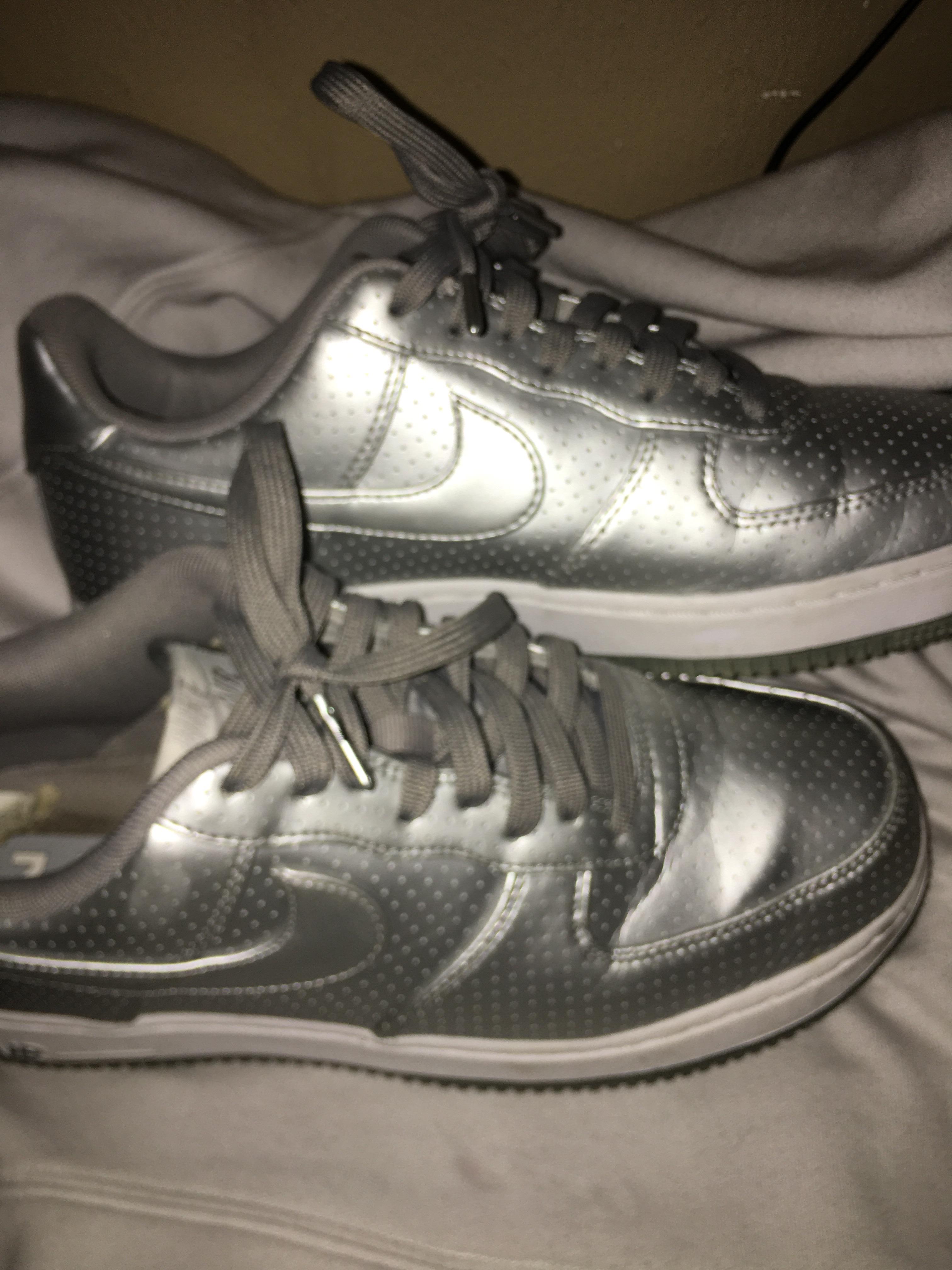 Nike - $35 - Size 9