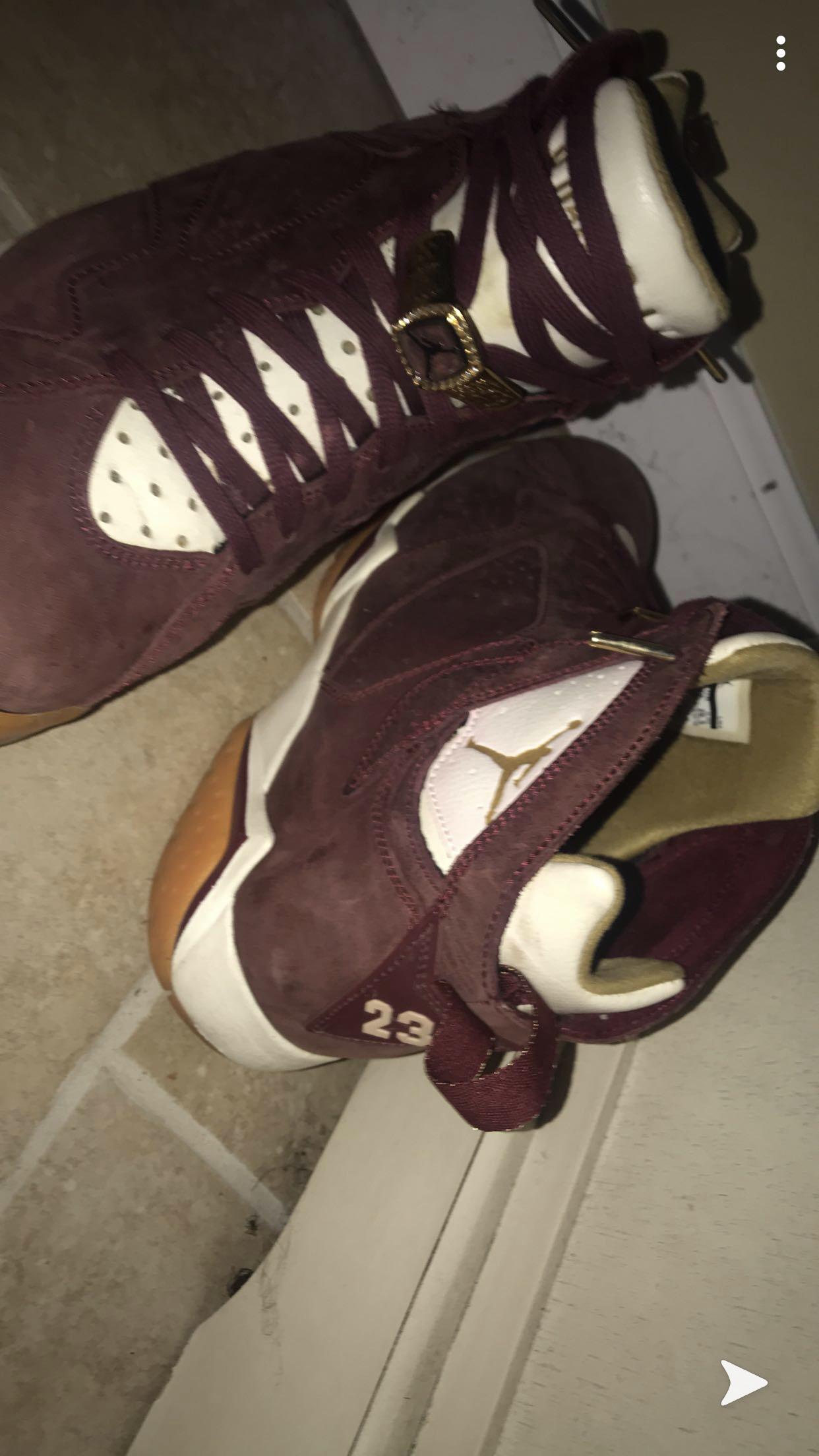 Air Jordan - $180 - Size 8.5