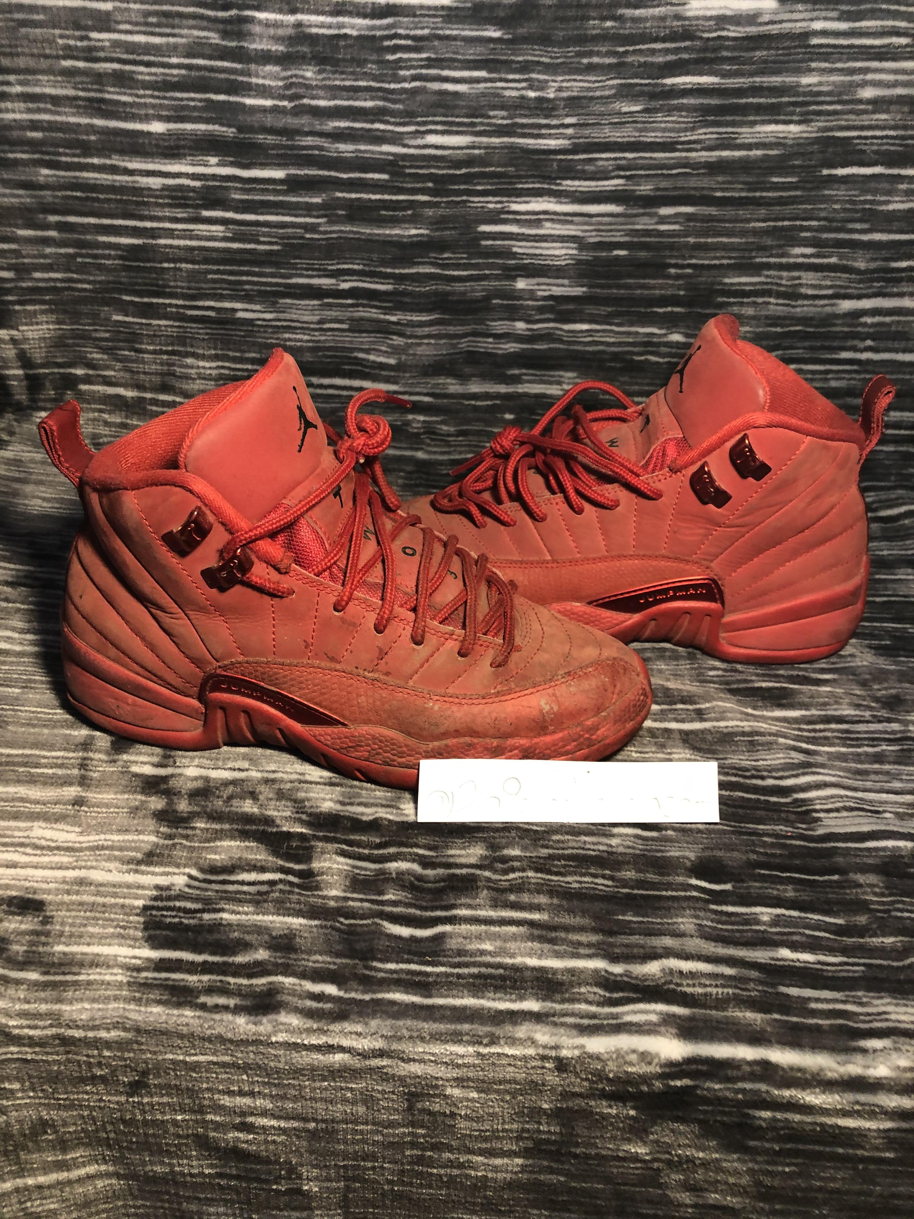 Air Jordan - $20 - Size 3