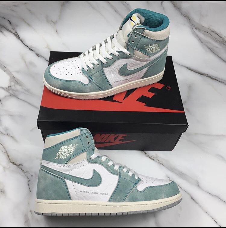 Air Jordan - $100 - Size 9