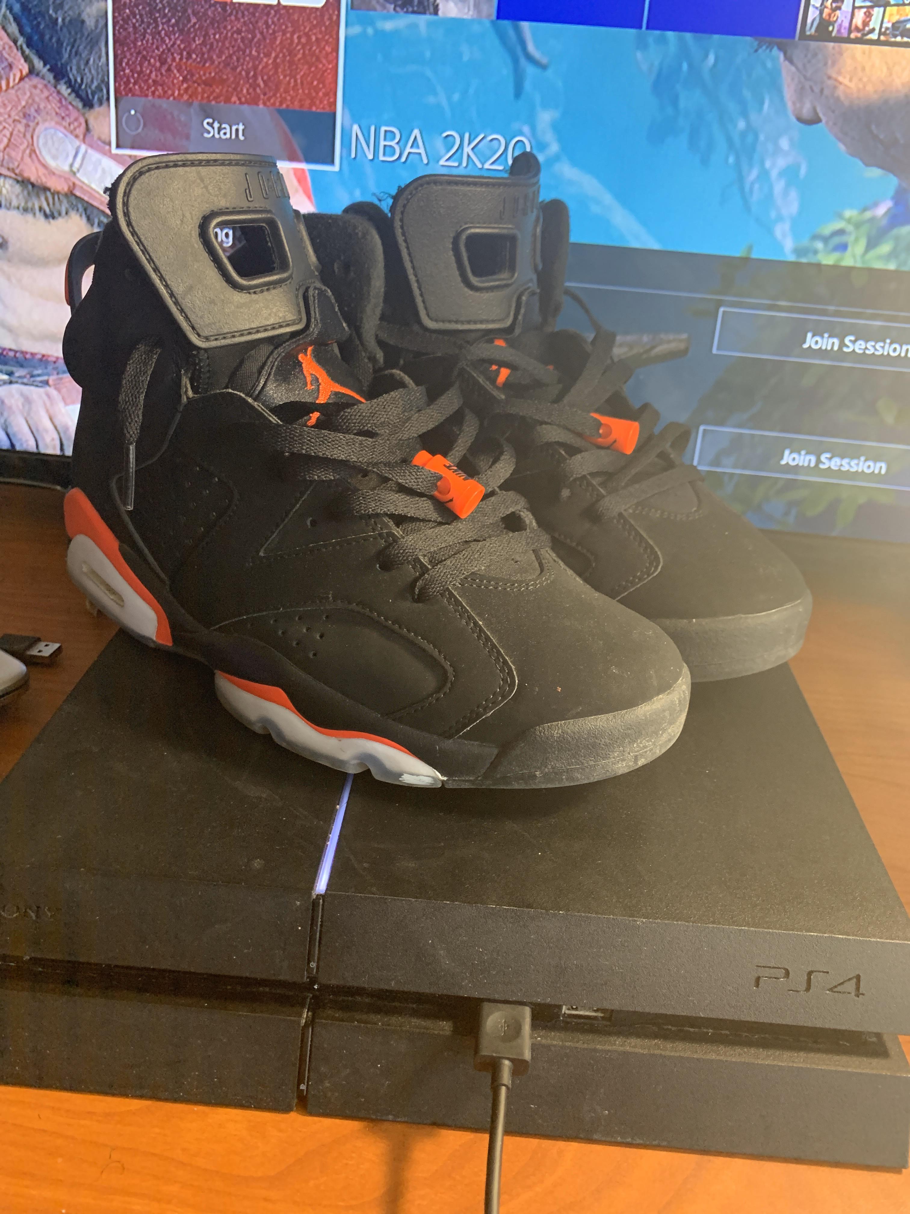 Air Jordan - $165 - Size 9