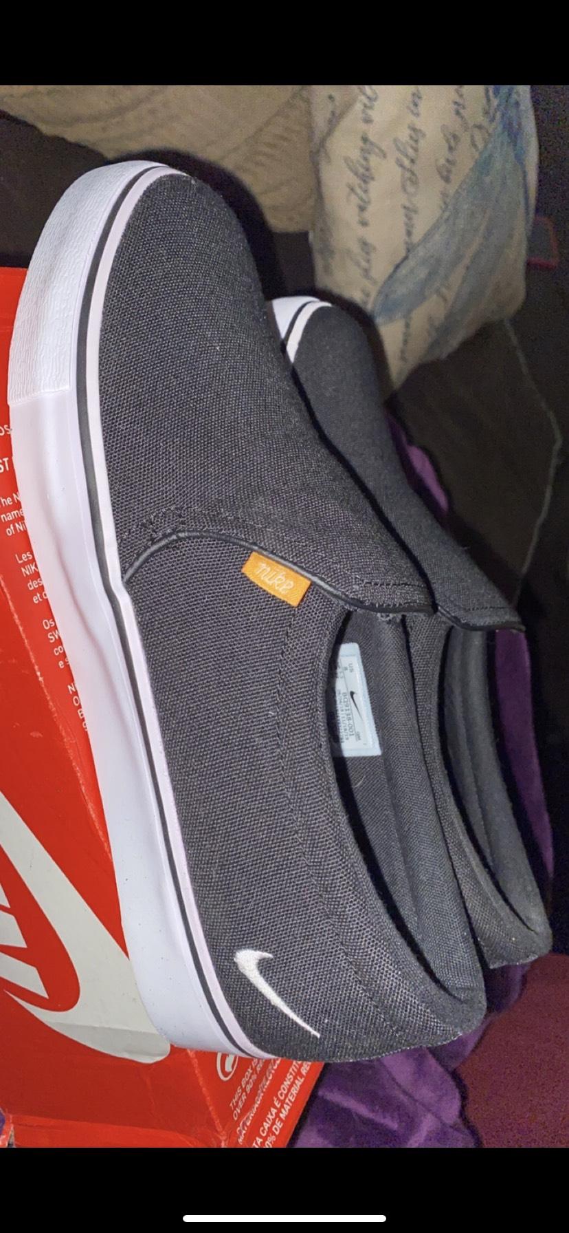 Nike - $50 - Size 8