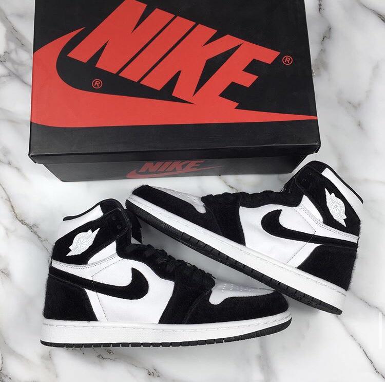 Air Jordan - $95 - Size 9