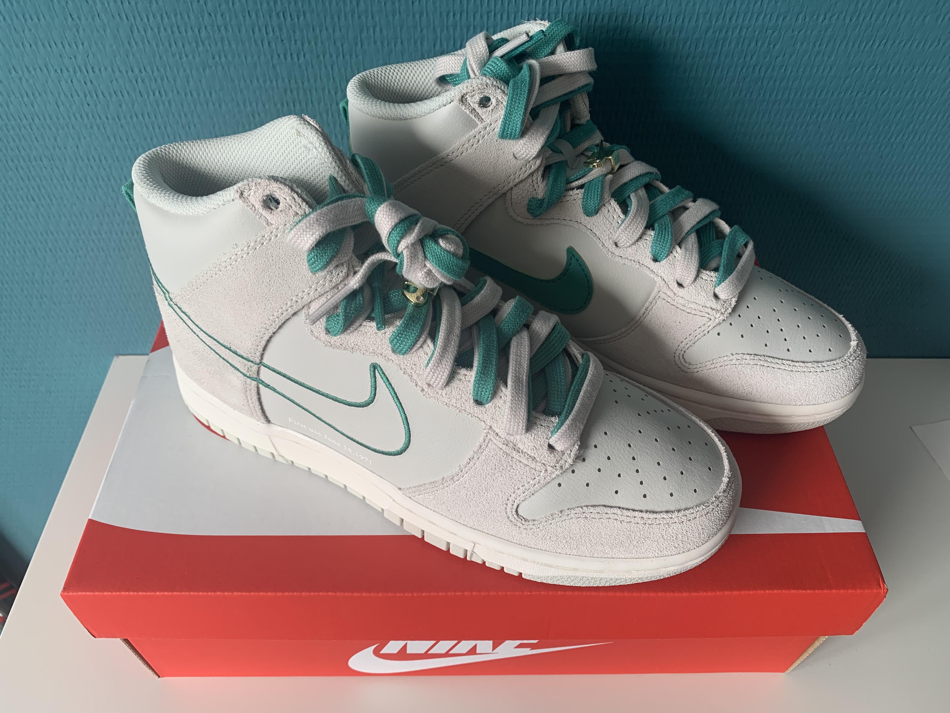 Nike - $155 - Size 4
