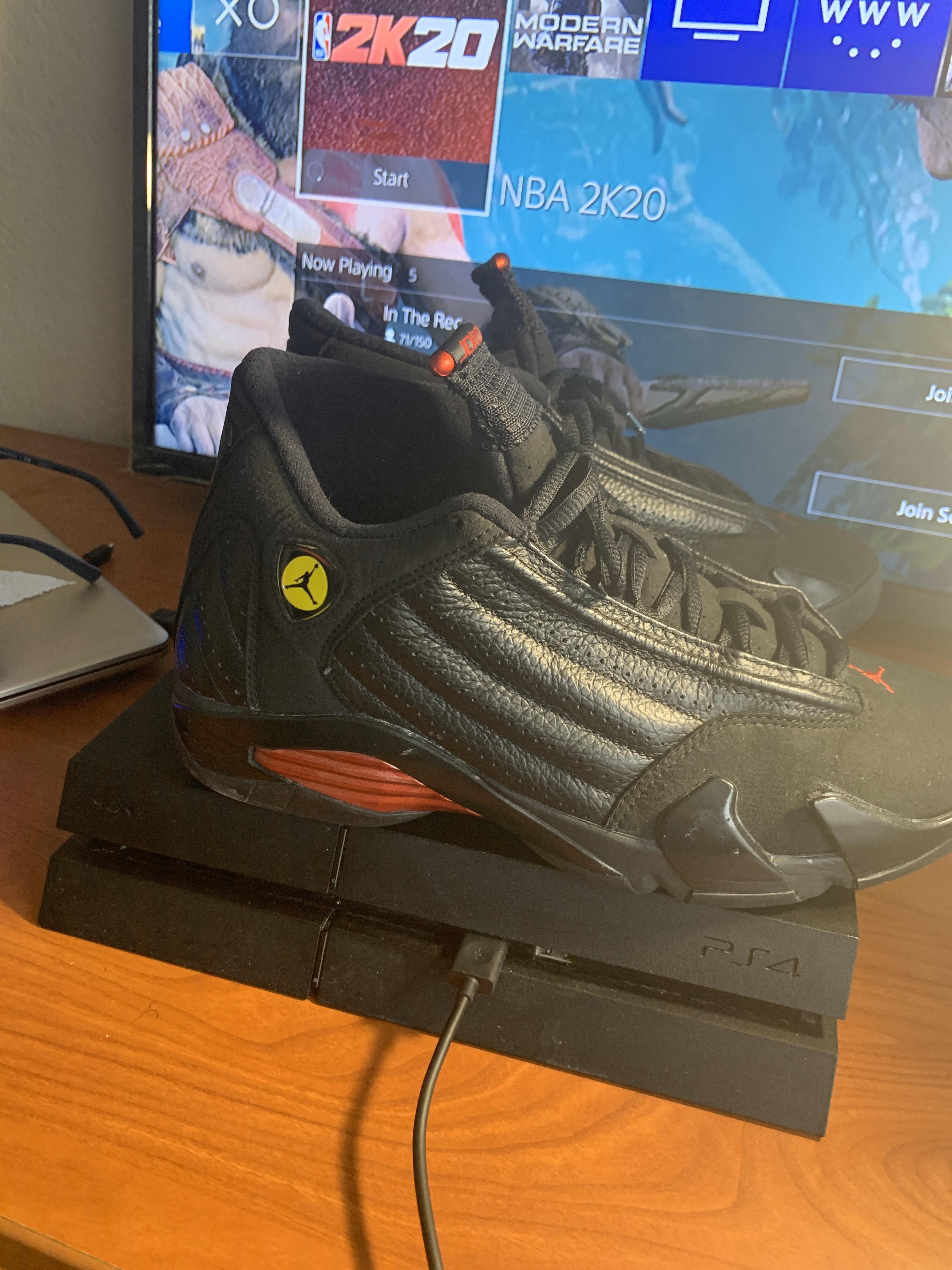 Air Jordan - $145 - Size 9