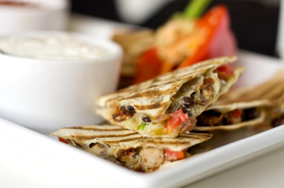 Chicken, Bacon & Black Bean Quesadillas Recipe | Online Food Blogger