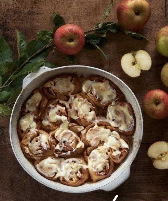 Cinnamon Rolls Aux Pommes Pour 6 Personnes - Recettes Elle À Table