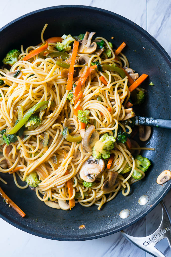 15 Minute Vegetable Lo Mein - Kitschen Cat