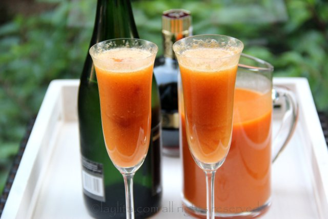 Peach Bellini Cocktail – Laylita's Recipes