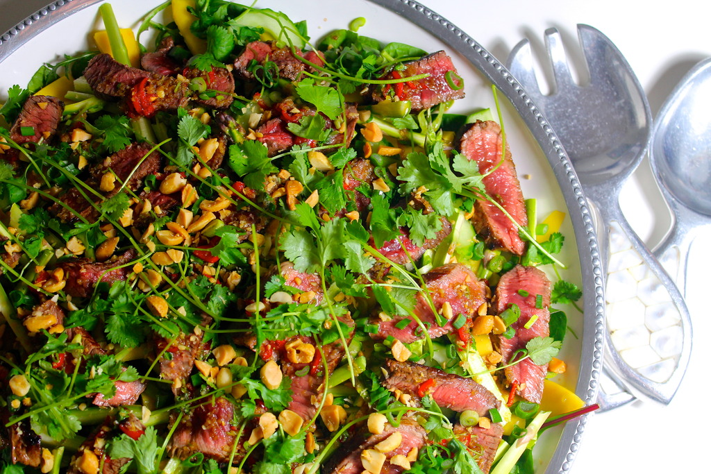 Low Carb: Thai Beef Salad