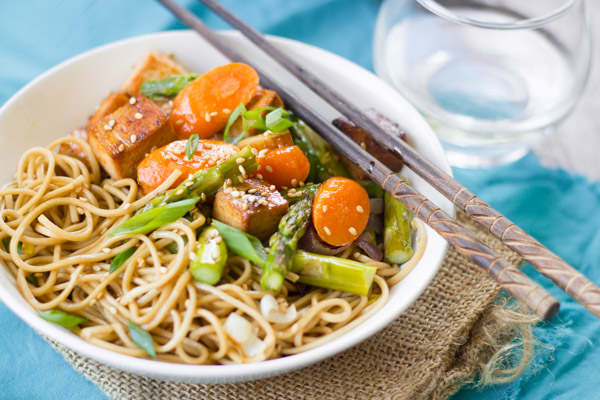 Sesame Soba Noodle Bowls with Roasted Veggies & Baked Tofu