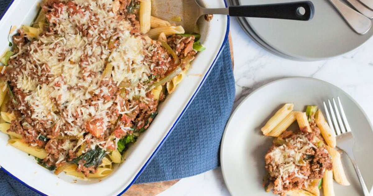 Beef And Green Vegetable Pasta Bake