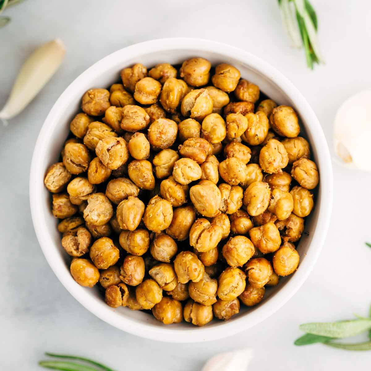 How To Make Crispy Roasted Chickpeas In The Oven | Jessica Gavin