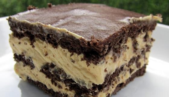 Peanut Butter Chocolate Eclair Cake