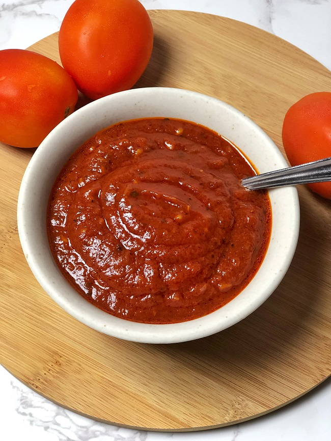 How To Make Pizza Sauce With Tomato Puree   Tempting Treat
