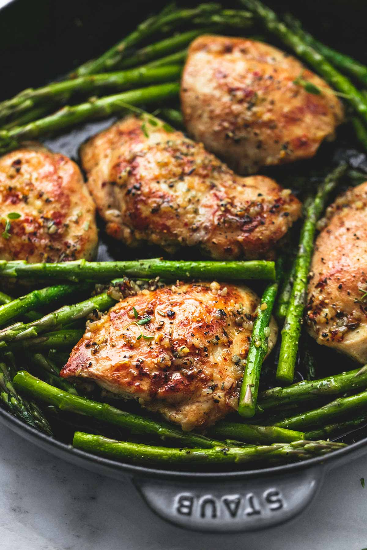 One Pan Garlic Herb Chicken And Asparagus | Creme De La Crumb