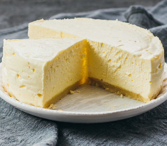 Low Carb Instant Pot Cheesecake (Keto Recipe) - Savory Tooth