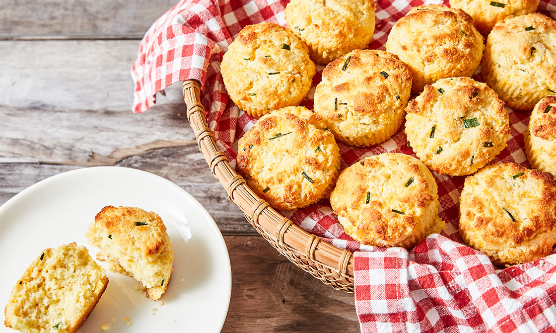 Keto Cheddar-Chive Sour Cream Biscuits