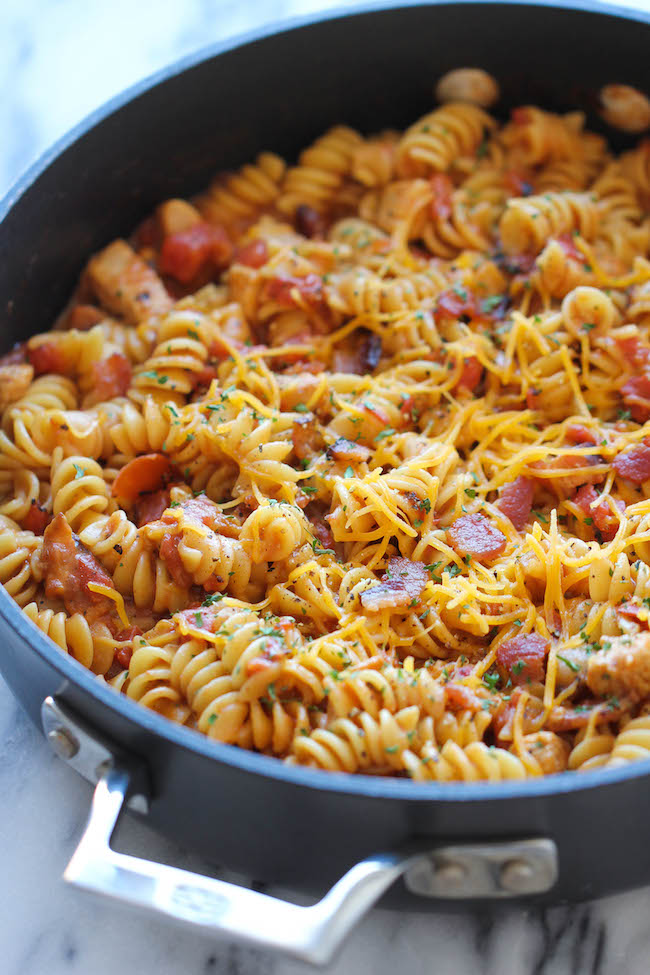 One Pot Bbq Chicken Pasta - Damn Delicious