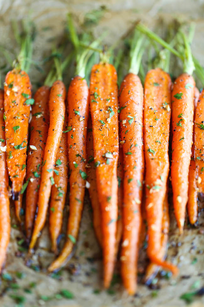 Garlic Roasted Carrots - Damn Delicious