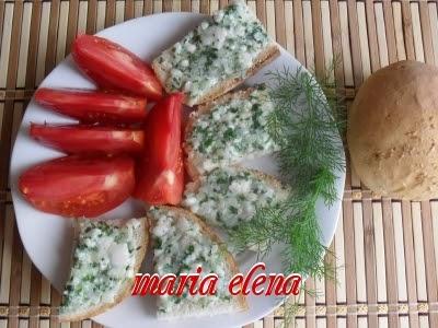 Chisatura ardeleneasca sau pasta de slanina, ceapa si patrunjel maria elena