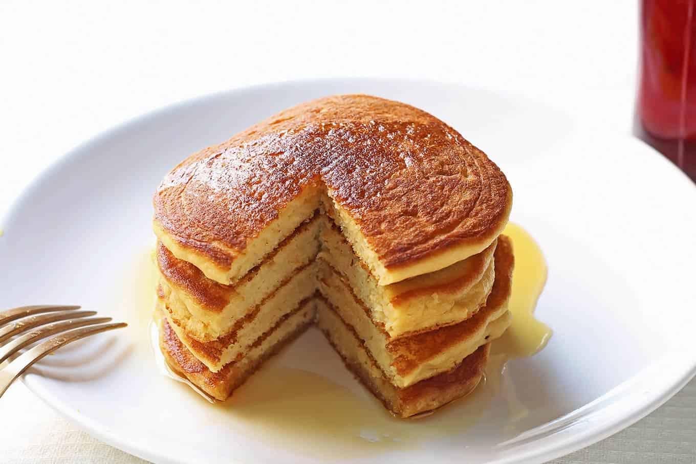 Fluffy Coconut Flour Pancakes - Video » Leelalicious