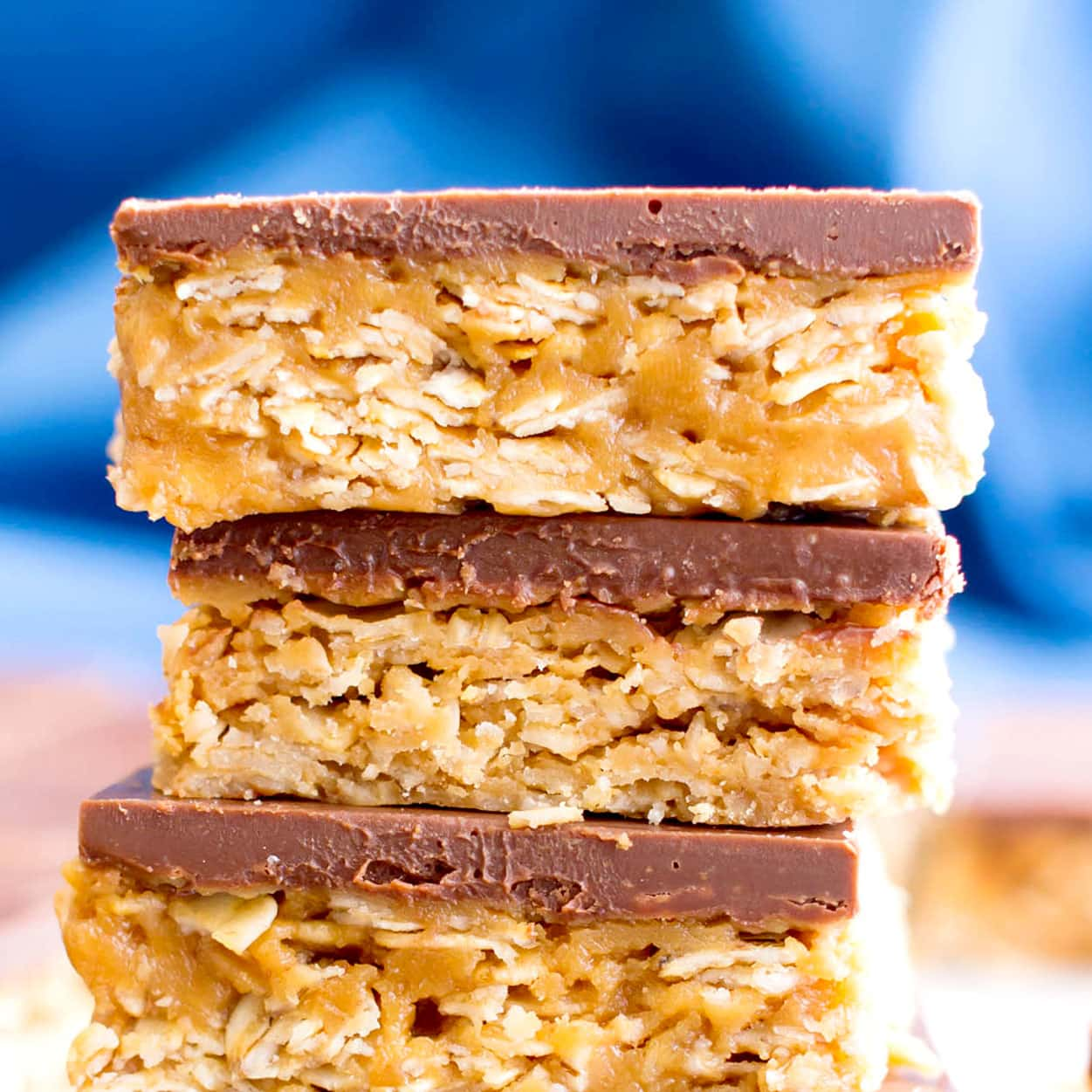 4 Ingredient No Bake Chocolate Peanut Butter Cup Oatmeal Bars