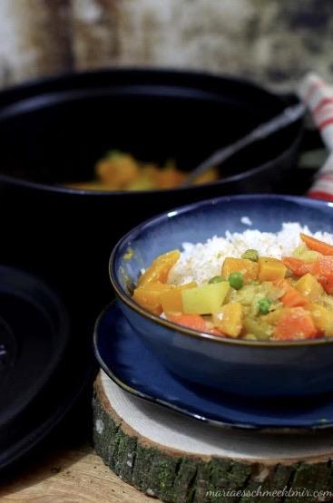 Veganes Kürbis-Kartoffel-Curry in Kokosmilch — Maria, es schmeckt mir!