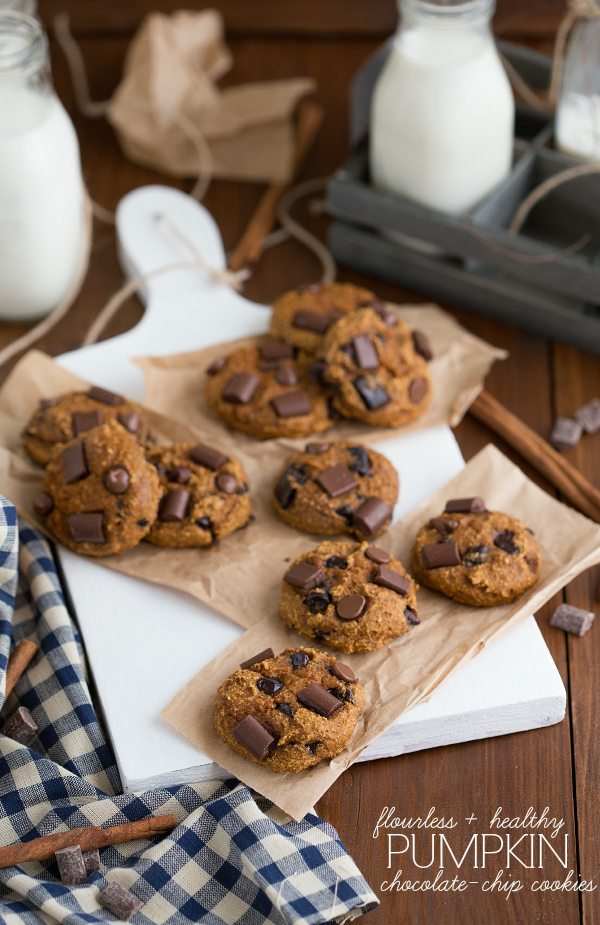 {Flourless & Healthy} Pumpkin Chocolate-Chip Cookies | Chelsea's Messy Apron