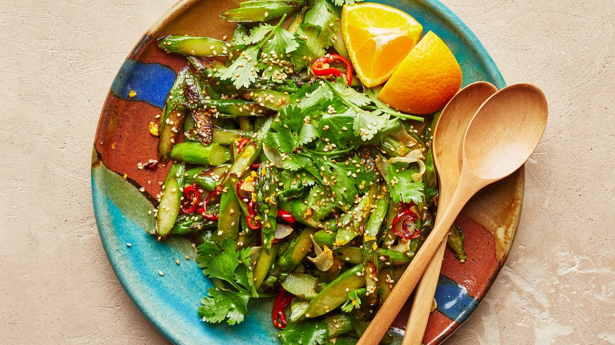Simple And Citrusy Asparagus Stir-Fry Recipe