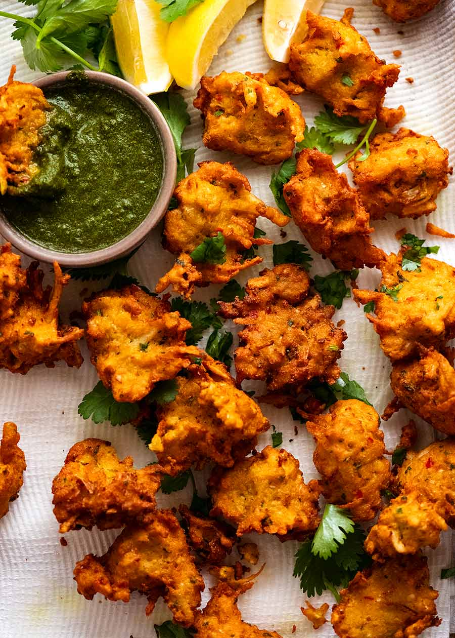 Pakora (Indian Vegetable Fritters)