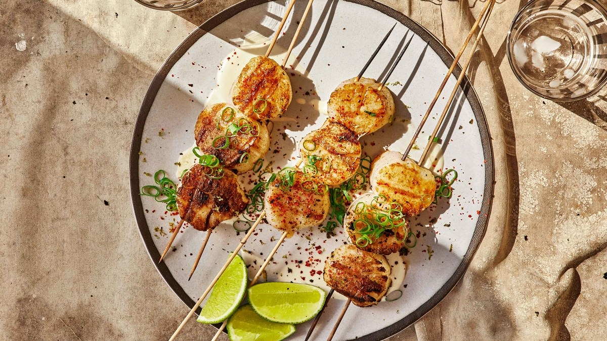 Grilled Scallops with Nori, Ginger, and Lime