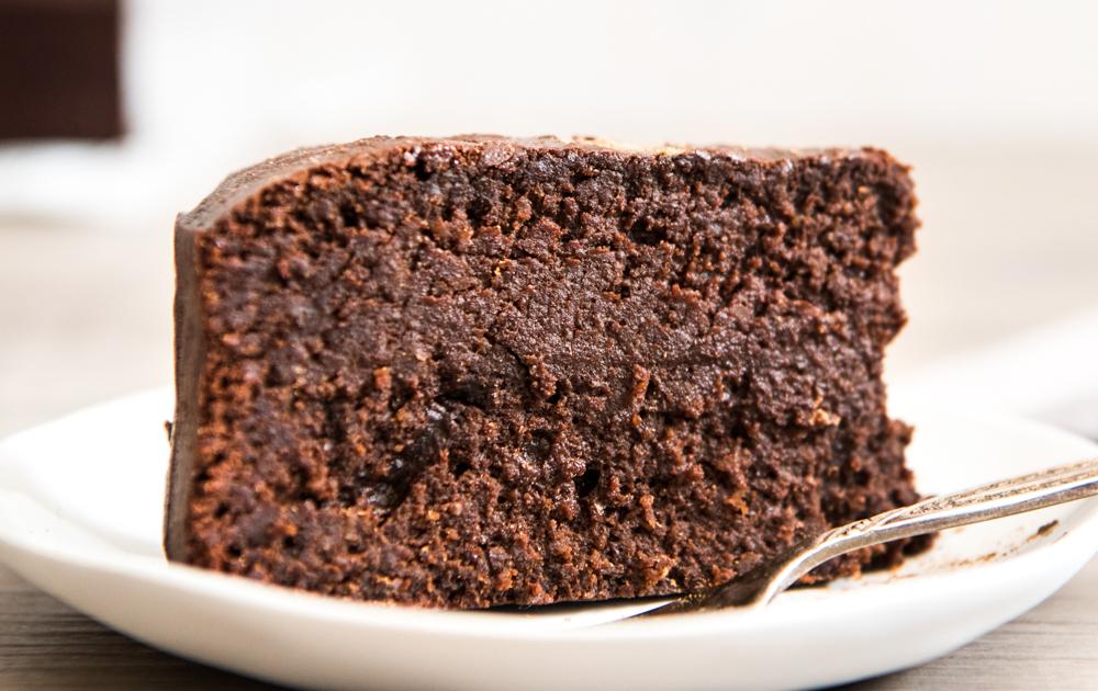 Healthy Five Ingredient Mud Cake