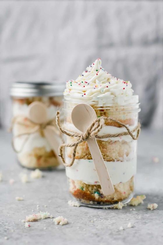 Birthday Cake In A Jar (Gift Diy)