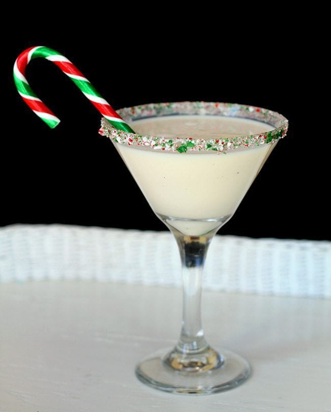Peppermint Eggnog Martini | The Kitchen Magpie