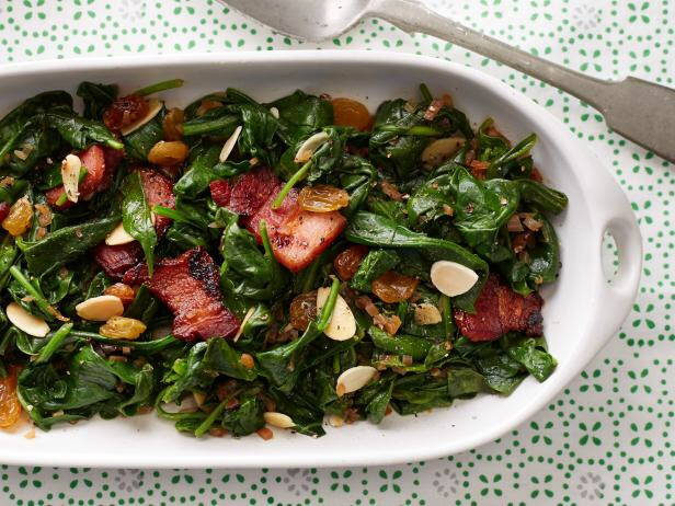 Baby Spinach With Almonds And Golden Raisins