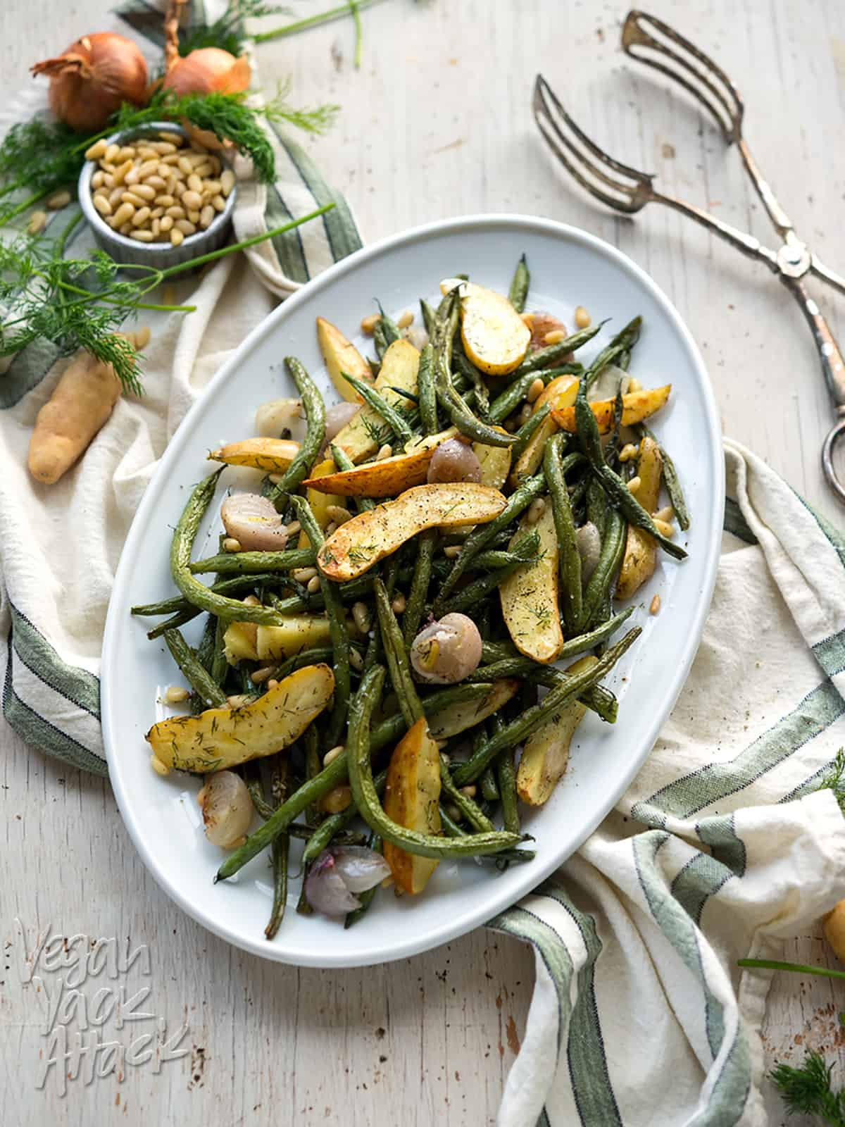 Dill-Roasted Green Beans And Potatoes – Vegan Yack Attack