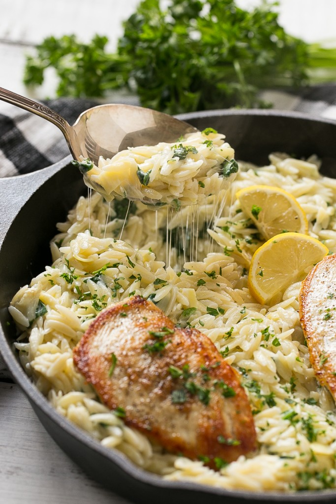 One Pot Chicken and Creamy Spinach Artichoke Pasta