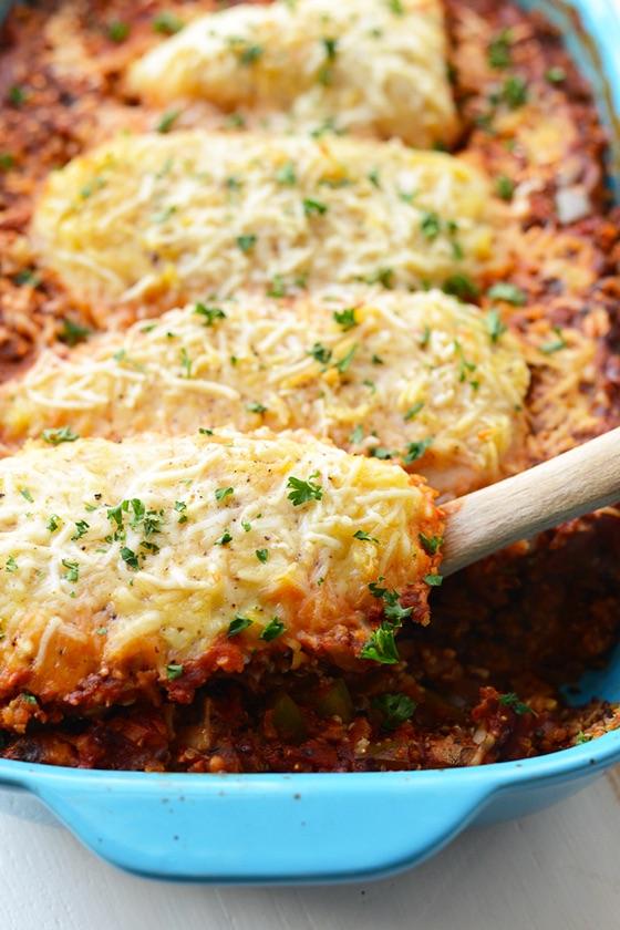 Healthy Chicken Parmesan Quinoa Bake
