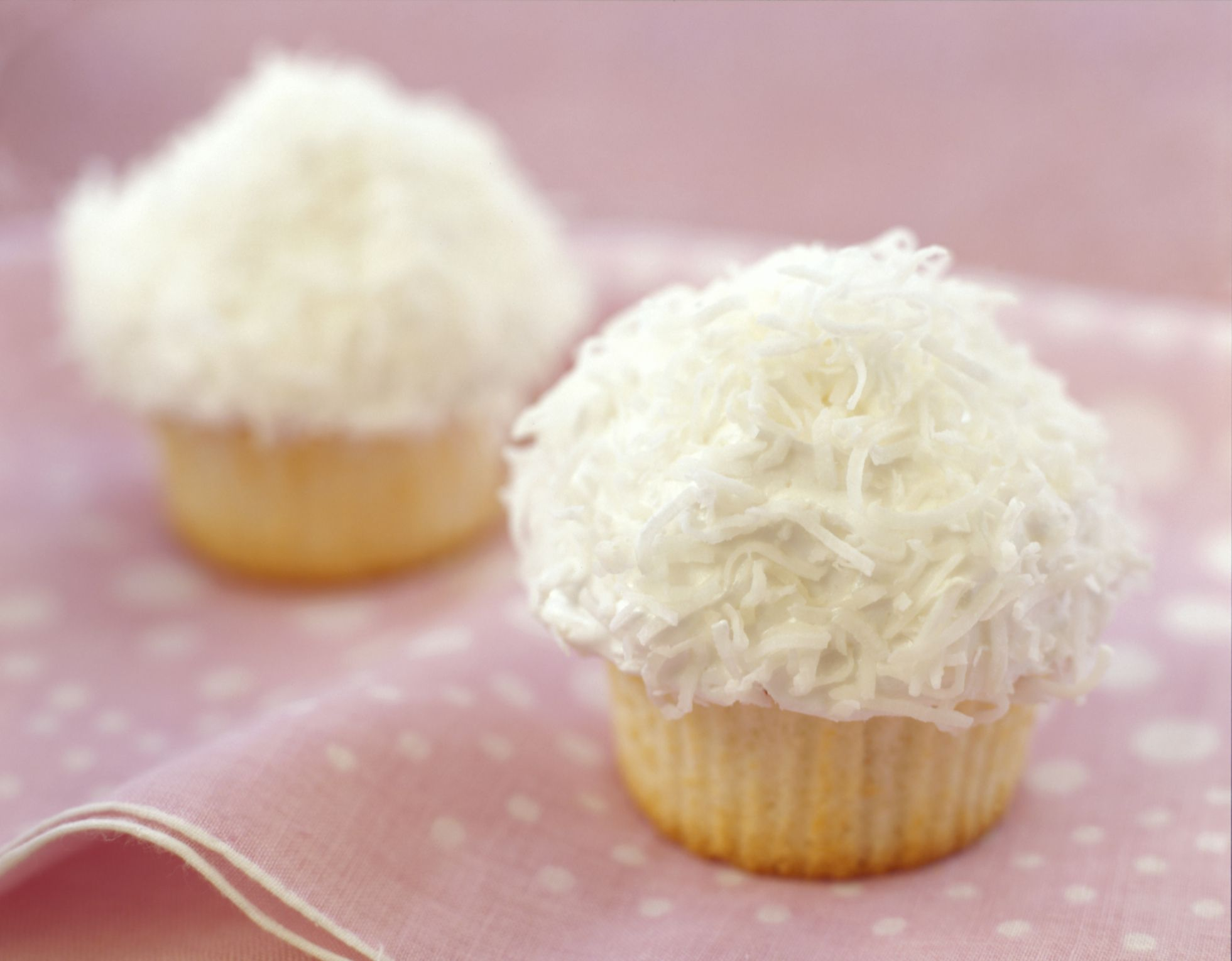 Make Delicious Coconut Cupcakes With Coconut Oil