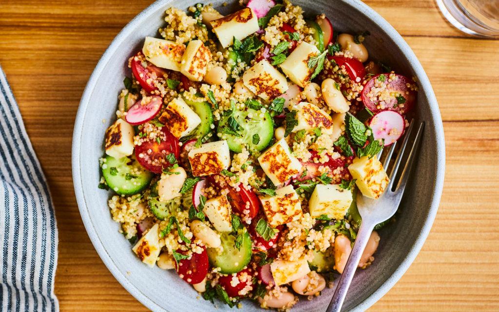 Salade de quinoa au halloumi