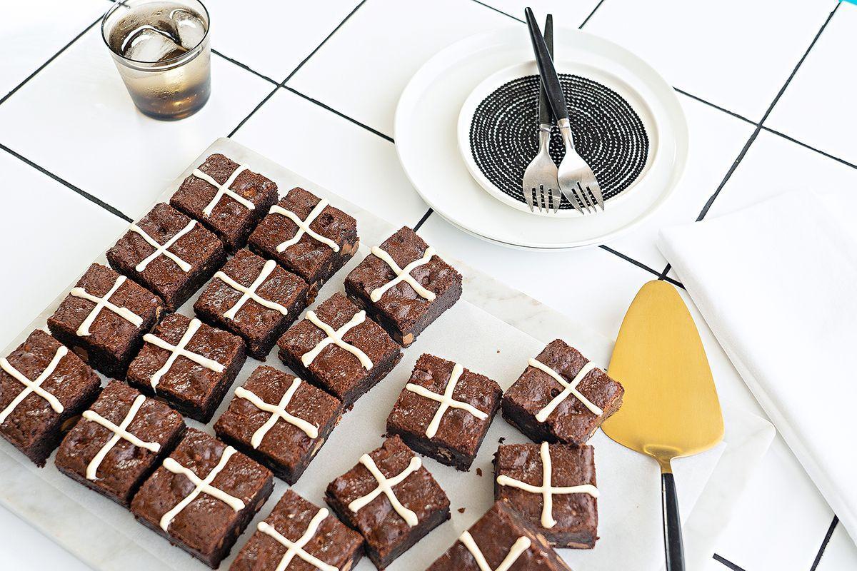 Hot Cross Brownies