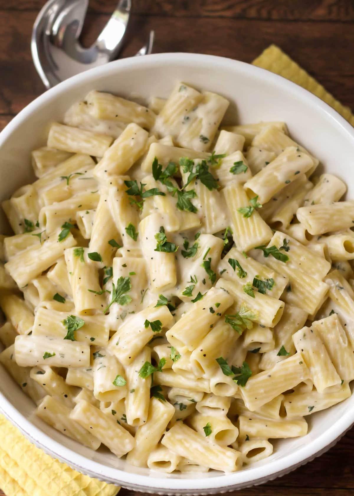 Creamy White Sauce Penne Pasta