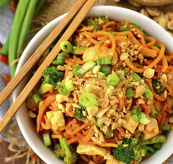 Thai Peanut Chicken And Sweet Potato Noodles (Video) - Iowa Girl Eats