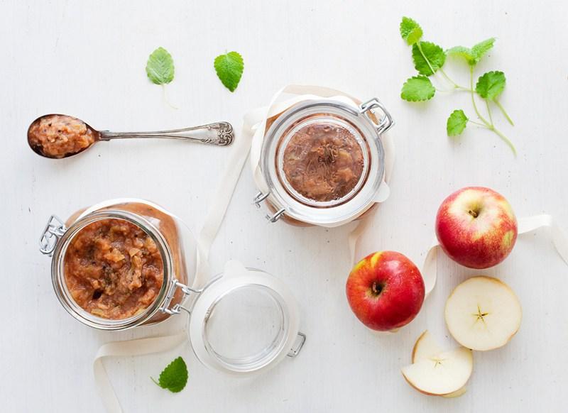 Apple, Ginger & Cardamom Compote