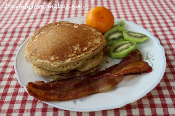 Simple Banana Pancakes (On A Simple Budget) | Heavenly Homemakers