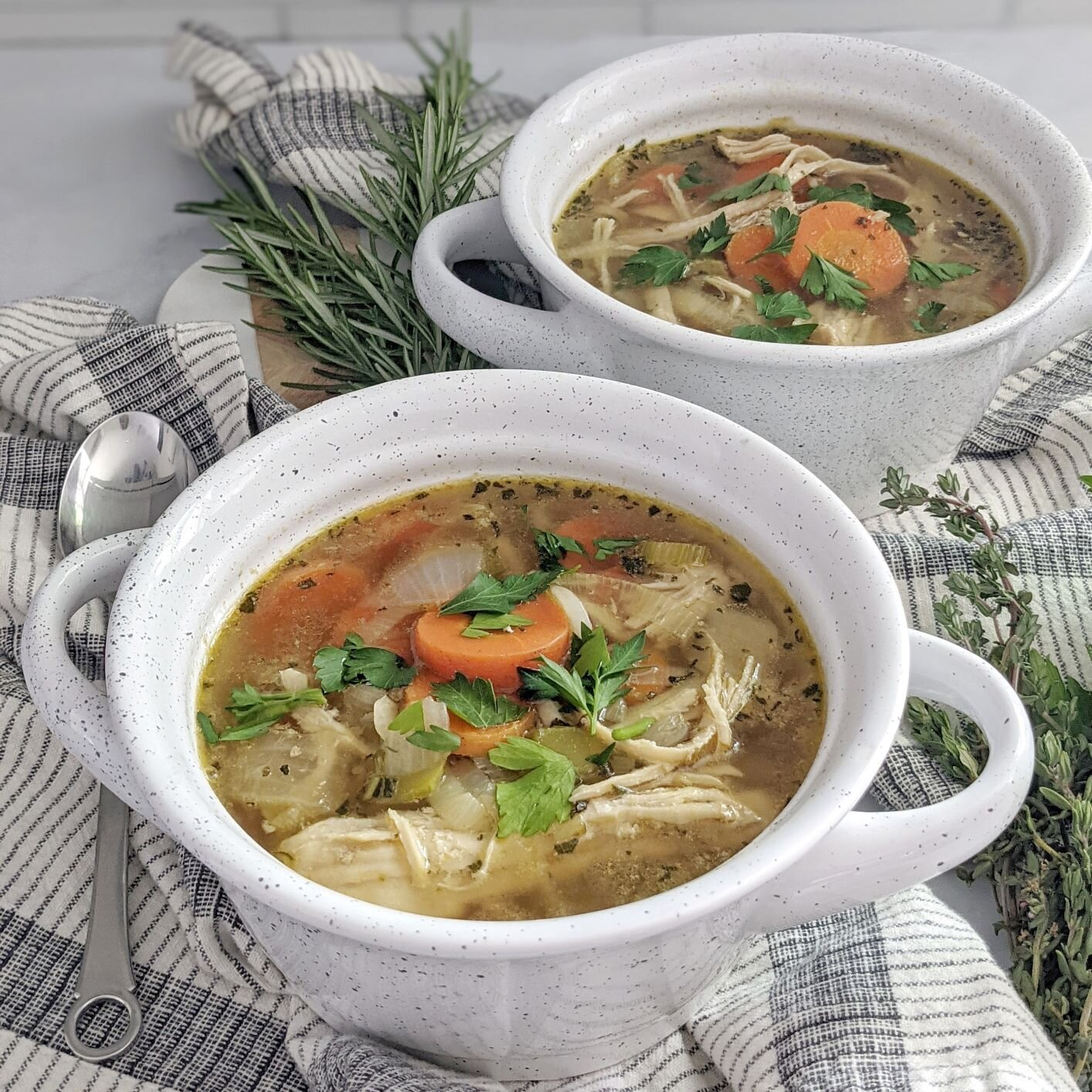 Low-Carb Chicken-Vegetable Soup