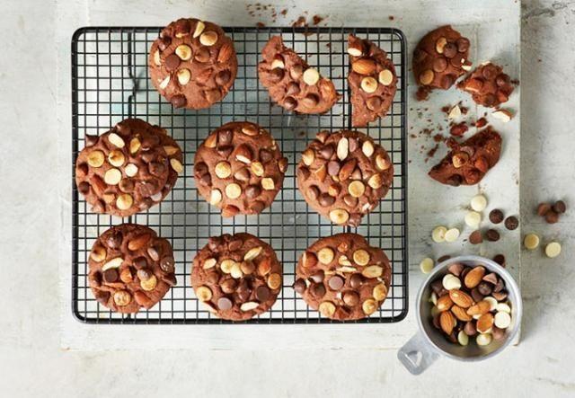 Low-Calorie Triple-Choc Almond Cookies