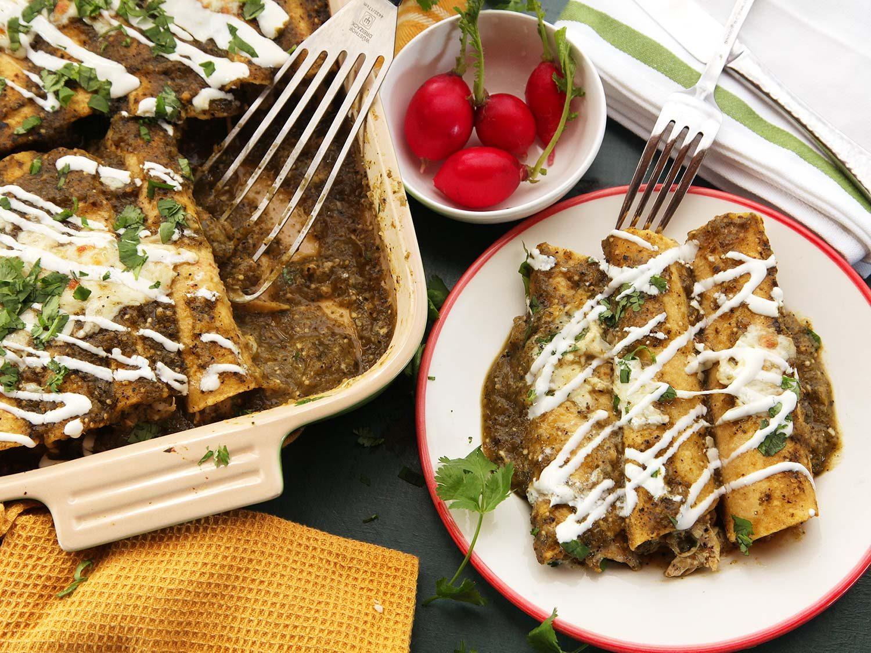 The Best Creamy Chicken Enchiladas Recipe