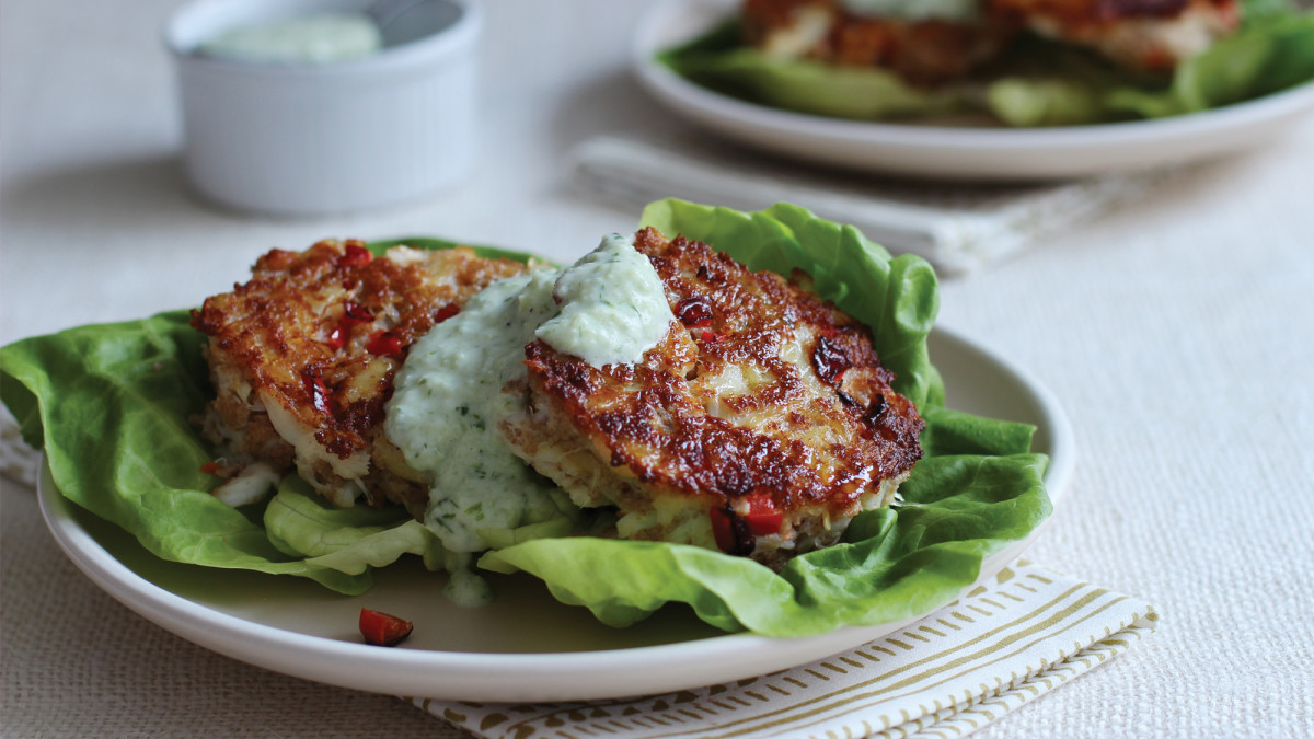 Crab Cakes With Creamy Cucumber Sauce